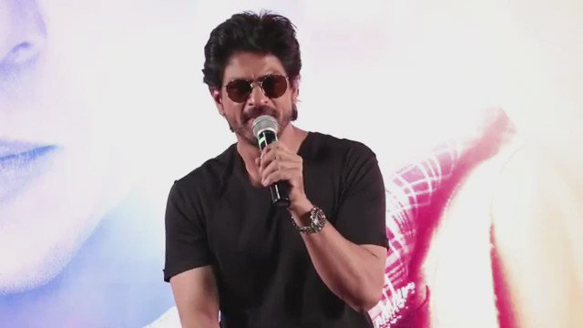 This is for whole SRKCHENNAIFC Team & all SRKians. King @iamsrk thanking all FANs. Chennai is waiting for you Sir. 😍