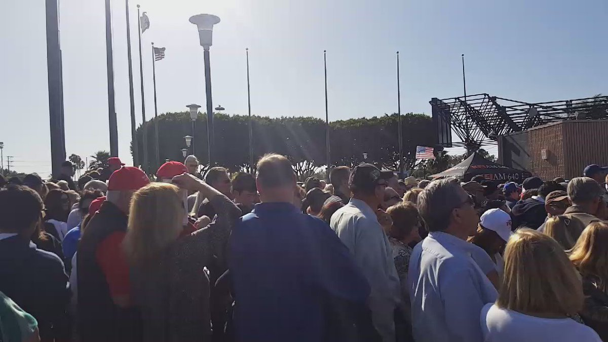Massive crowd at Pacific Amphitheater for #TrumpOC rally #SoCal @ocregister https://t.co/qxTSpohZJY