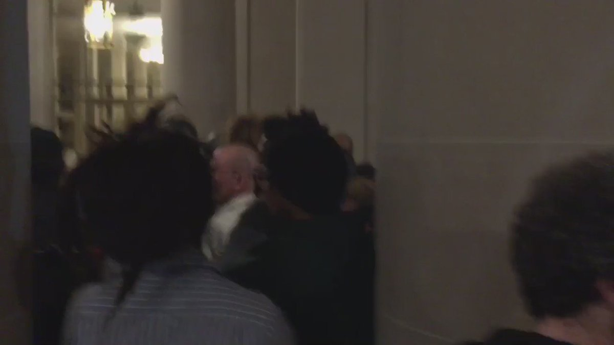 Clashes between cops and protesters, journalists at #Frisco5 #hungerforjusticesf rally #sf https://t.co/KGItsIOugN