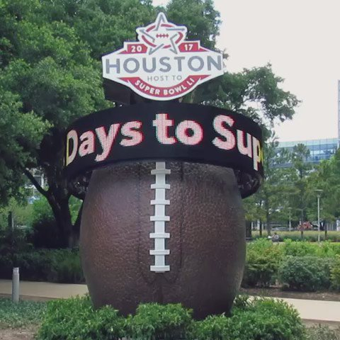 The wait is over, Houston! Our final HouSuperBowl Countdown Clock is live at @Discovery Green! Home to SBLIVE.