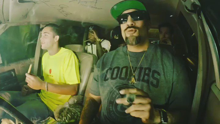 "New #smokebox w/ @skatemaloley! Full episode: https://t.co/FPQG8bs1CN #brealtv  [song: @dizzyhippy - ""Smokebox""] https://t.co/H2BUanja6a"