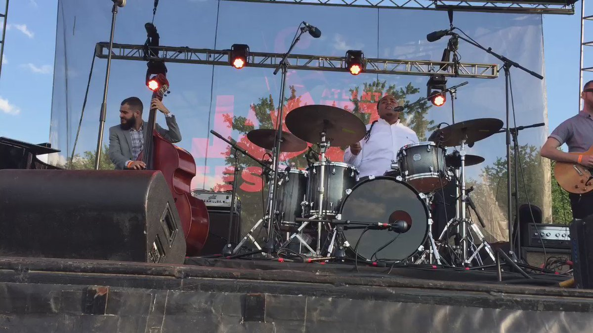A clip from yesterday's #AtlantaJazzFest: Drummer/Vocalist @Jamison_Ross starting his brilliant set #jazz https://t.co/yPcVLRaETu