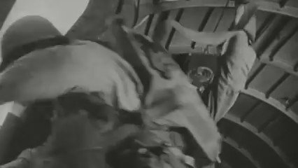 A look at #USArmy paratroopers jumping into France in 2016 and 1944. #DDay @101stAASLTDIV @82ndABNDiv @afneurope https://t.co/SgkpelTEUY