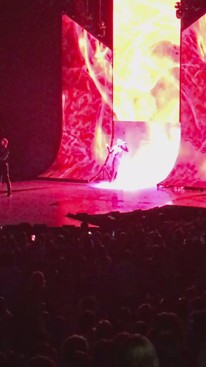 Highlights #selenagomez #RevivalTour #dcnights https://t.co/E63FvnR3d2