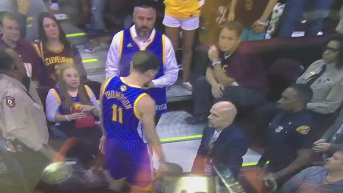 I'd like a list of athletic achievements & moments of extreme toughness from the guy making crybaby sign at Klay. https://t.co/AbdUDmTlvJ