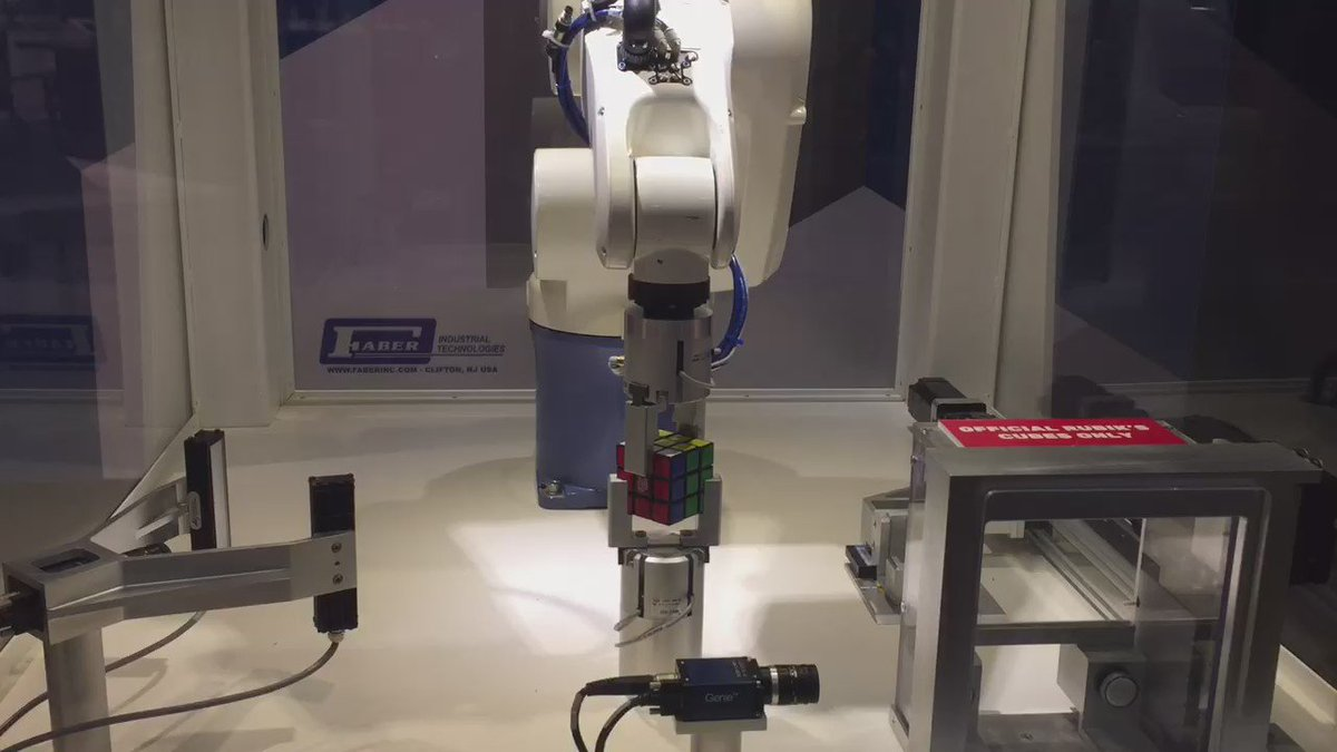 Rubik's robot gets a bit excited after every solve. Can you really blame it? #cubeintheqc #rubikscube https://t.co/2k4HwHo45V