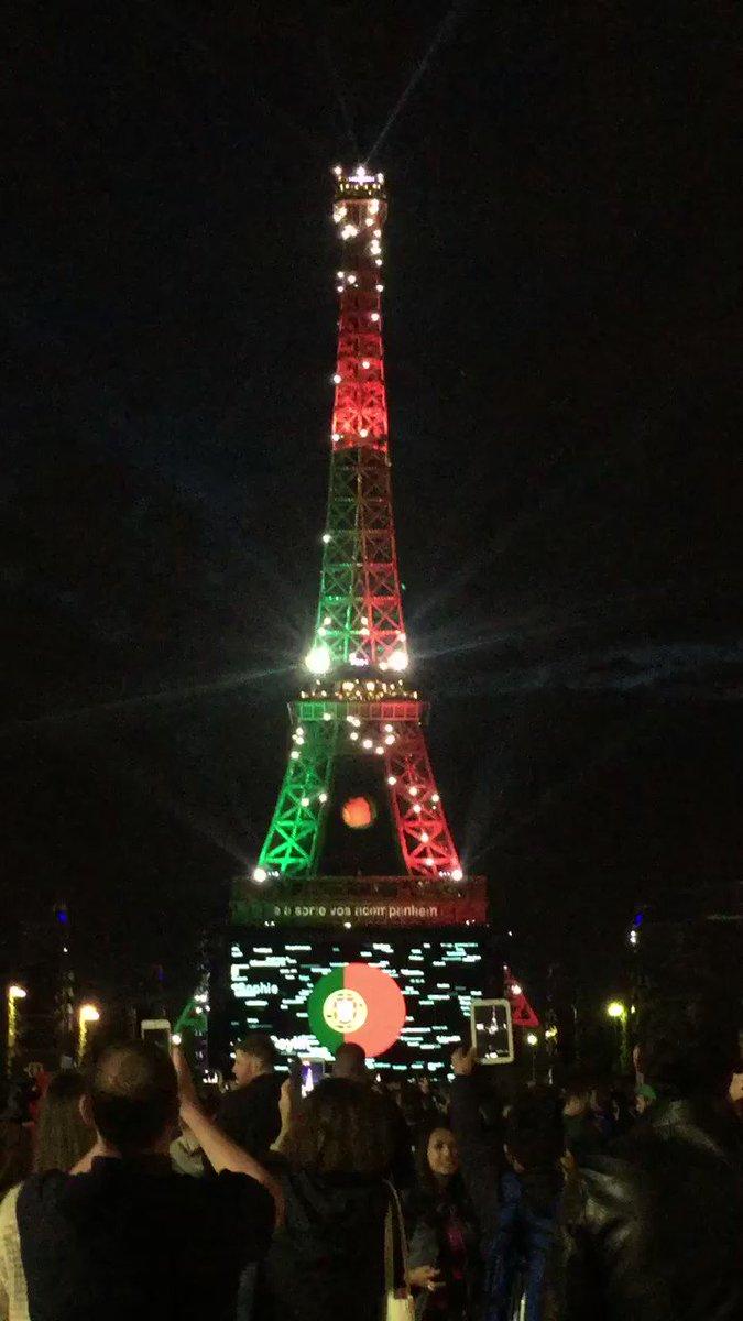 #POR Festa portuguesa em Paris