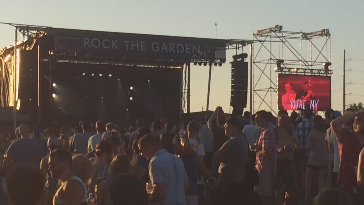 Sunday Candy, so sweet #chancetherapper #RockTheGarden https://t.co/NYMX4S2hxp