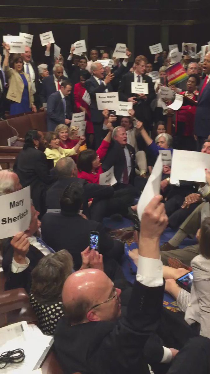 But from where I sit, it doesn't look like anyone is going anywhere. #mepolitics #nobillnobreak https://t.co/2TRvg6sMfn