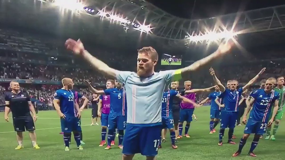 That Iceland clapping thing! Can we all just take a moment... #Iceland
