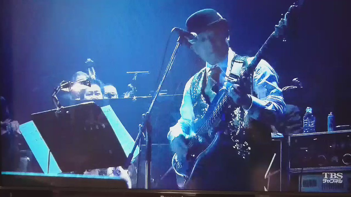 """A night with strings"" (2012/2 武道館) 「Over the rainbow」めっちゃ素敵よね(*´ ˘ `)♡  #秦基博 https://t.co/18dOQnV9F9"