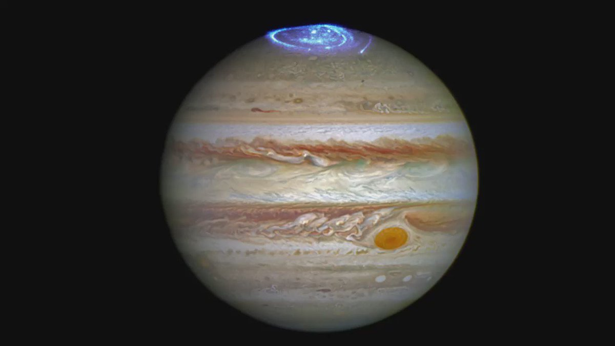 Leicester Uni's Jonny Nichols describes the stunning auroras on #Jupiter taken by @NASA_Hubble in the UV. #Juno https://t.co/WGHfTEyyb6
