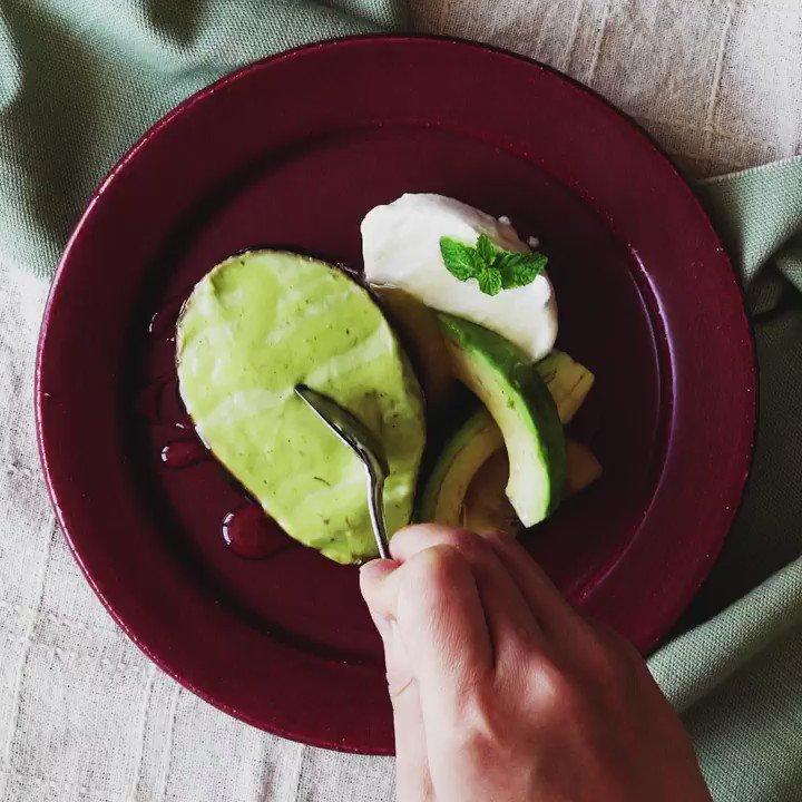 【濃厚!】アボカドのアイス♥ Youtubeもみてね             #料理  #レシピ  #料理好きな人と繋がりたい #Twitter家庭料理部 #お腹ペコリン部