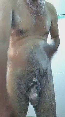 ลุงอาบน้ำโชว์