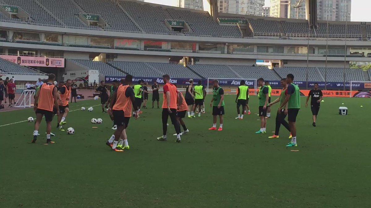 Man Utd training at the Shanghai Stadium #MUFC @MirrorFootball https://t.co/zOU3U7XmZZ