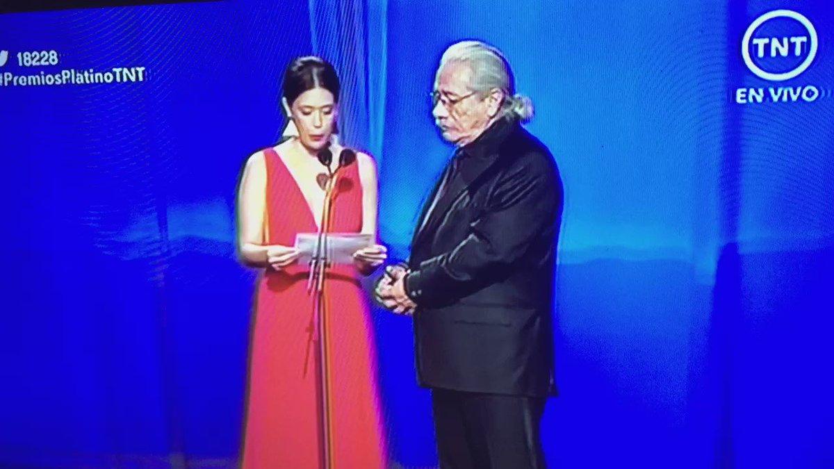 """#PremiosPlatinoTNT """"el abrazo de la serpiente"""" la gran ganadora de la noche. https://t.co/TqmGx9YAVR"""