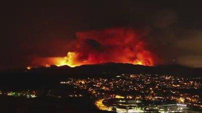 VIDEO: Terrifying time lapse of #SandFire shot by Santa Clarita resident Mo Sabawi. https://t.co/UtBIGHP7vu