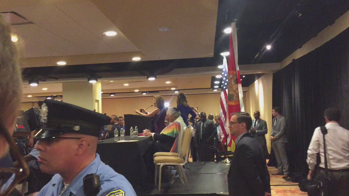.@DWStweets booed off the stage at her own FL delegation breakfast @NBCNews https://t.co/GMe0g9t1JQ