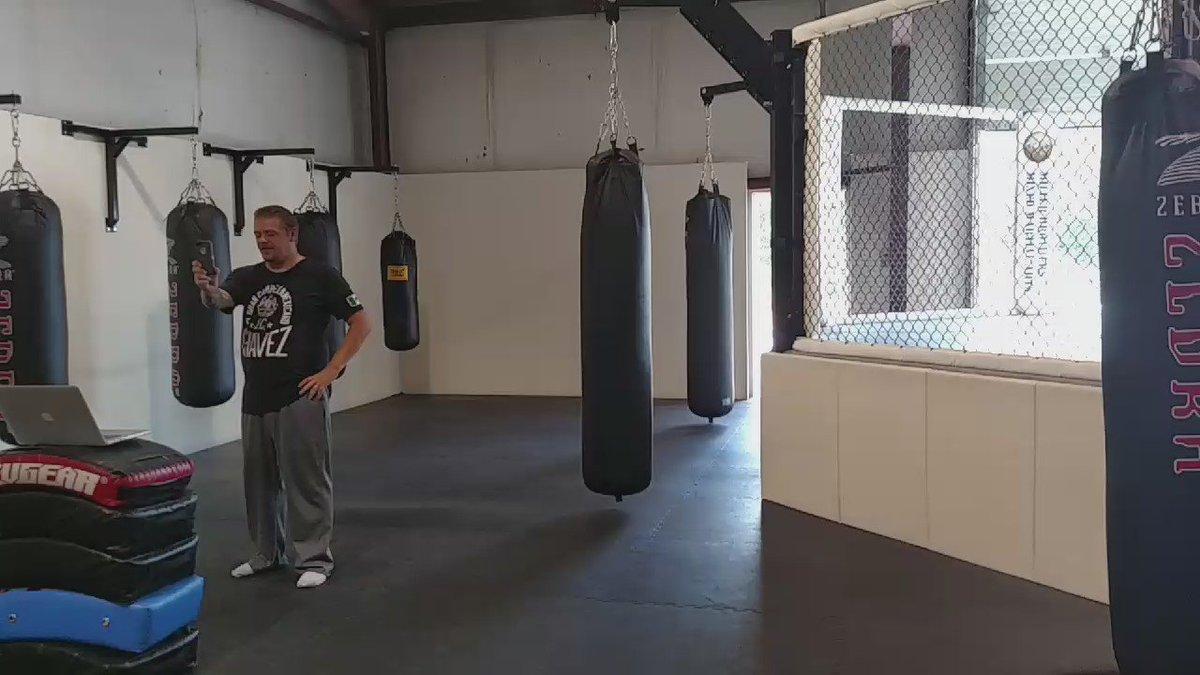 Full on Ultimate Warrior. @DuaneFinleyMMA @ufc https://t.co/znC3JGaUtF