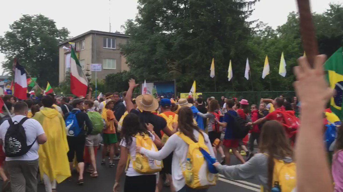 Nice to see so many flags from all parts of the world here in my home town :) #WYD2016 #ŚDM https://t.co/dyRlNjVMKr