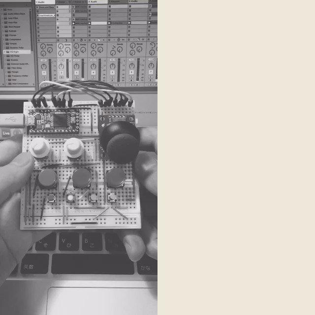 ちょっと進化した自作MIDIコンのデモ動画です。 https://t.co/dxBxlLrv0h