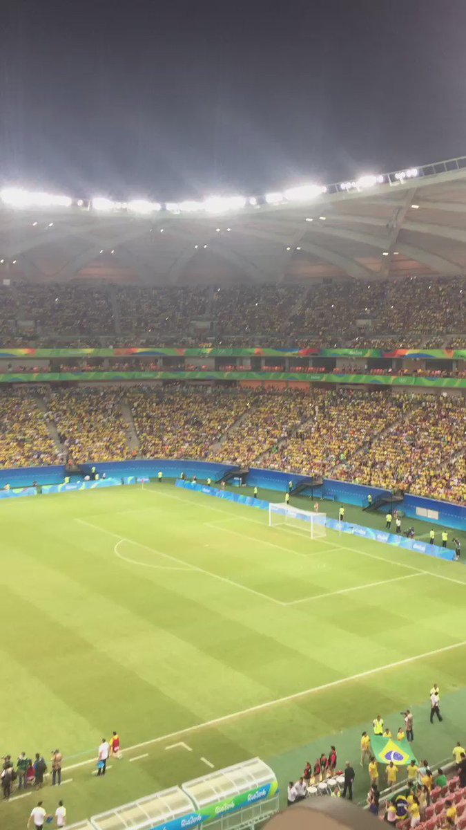 Not a single seat open. Great to see #Brazil support its side.#BRARSA #football  & Marta is not starting #atmosphere https://t.co/RSDah05Aup
