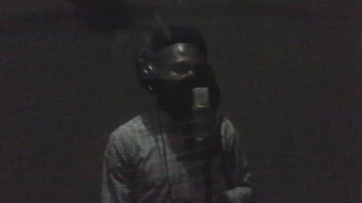 "Spoken word freestyle inna studio ""If you barb, u check Like Ayitey Powers and Don Bortey, your head DIE (dye)"" https://t.co/AdJ6WAlLG9"