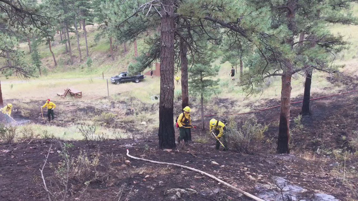 Evergreen, @FoothillsFire, Indian Hills & Genesee Fire on a 3/4 ac fire at Kerr Gulch & Music Ln, 70% contained.