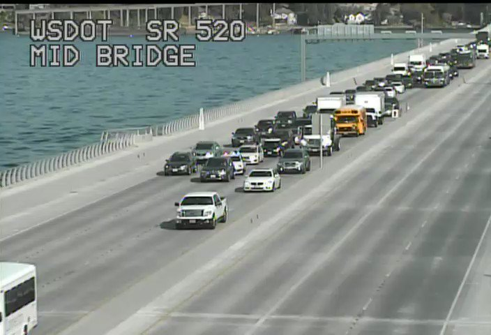 Trouble on the lake! WB SR 520 at the midspan of the floating bridge, a stall is blocking the center lane.