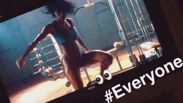 #TeyanaTaylor had the whole world watching https://t.co/6u0FugHnNj