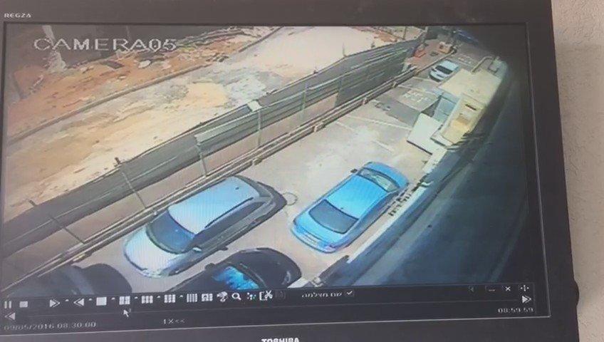 """חדשות עשר On Twitter: """"תיעוד ממצלמת האבטחה: רגע הקריסה של"""