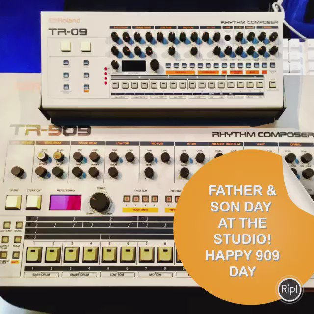 Happy #909Day! @Roland_US #909 #roland #TR909 #TR09 #newproducts  #studio https://t.co/mu8edqwTKr