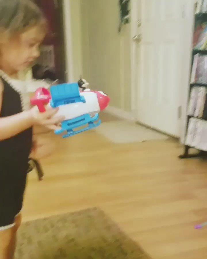 Reviewing her Disney Imagicademy Rocket Builder❤ #KinsleyReview #DisneyToys #DisneyReviews #FullReviewComingSoon