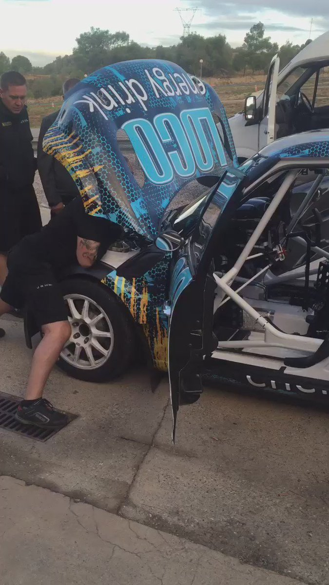 Hola!! Early morning test, what y'all think o ma ride?!! #sweeeeeet @LocoEnergyDrink @FIAWorldRX  @KNE_Official https://t.co/apdeh2Wxlc