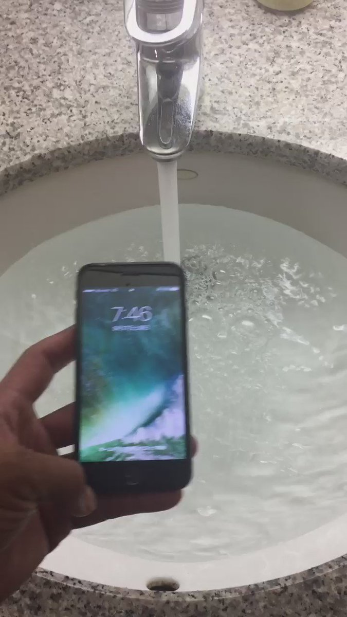 iPhone7  防水試してみた。