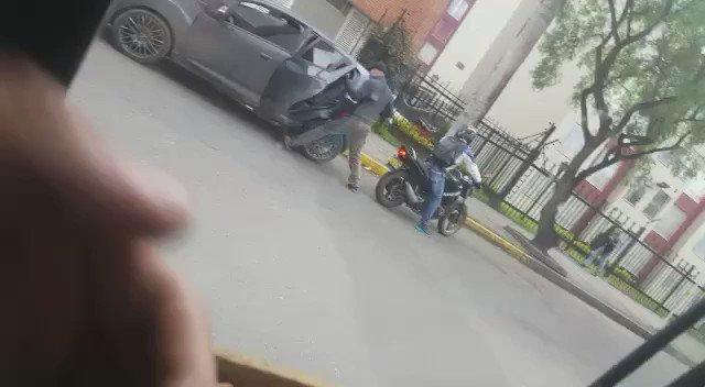 Asesinan a un joven durante un robo en el barrio Villa Villa Alsacia Kennedy. Ojalá capturen a los responsables https://t.co/uFz5PhPQSG
