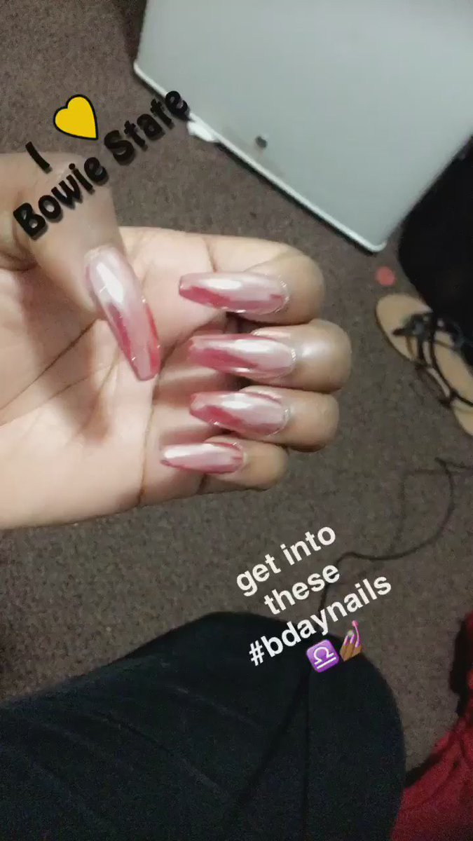 pls get into these nails