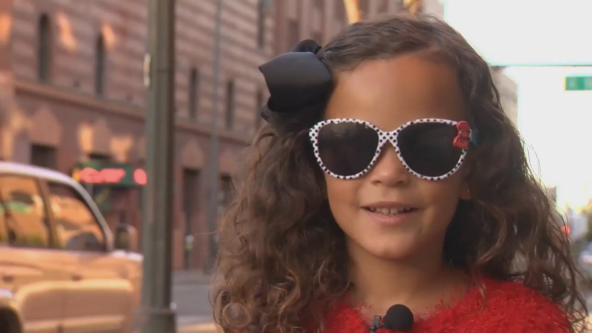 @TaRhondaThomas daughter Ruby Dee (age 5) takes on her 2nd big interview: Supermodel Tyra Banks! Who's next?!