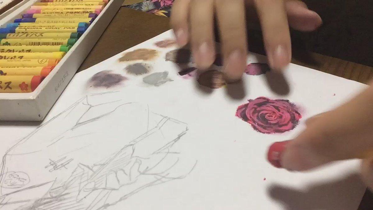 手汚れるけどめっちゃ簡単な薔薇の描き方発見しました pic.twitter.com/KpyoRPczrX