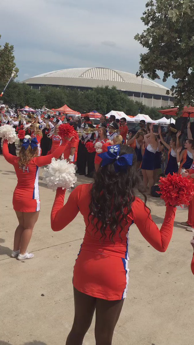 Sam Houston is going all the way ⬆️ ! Houston, are you at the BattleOfThePineyWoods ? abc13sports