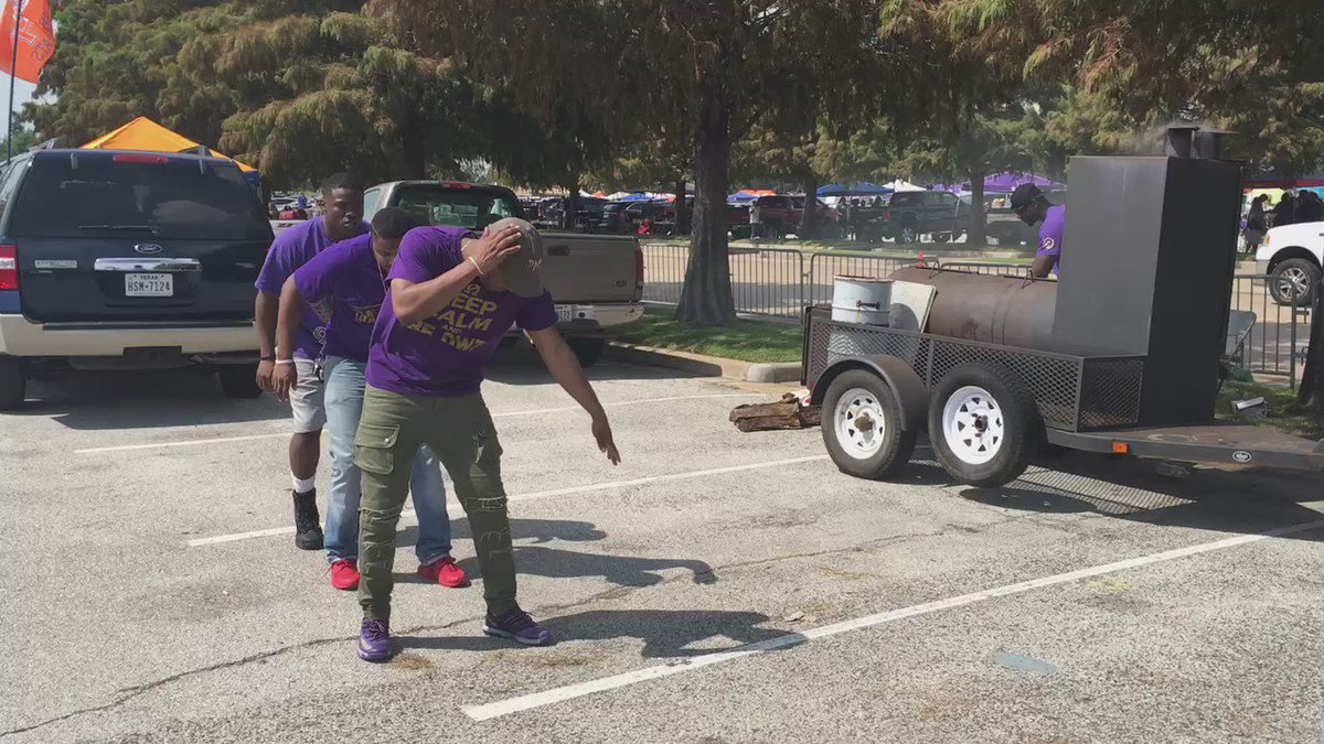 @SFA_QUES = ready for the BattleOfThePineyWoods! SFA OmegaPsiPhi abc13