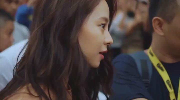 gugur jantung bila Ji Hyo tengok camtu..  video by @ohdawie https://t.co/8p2UyZHzlP