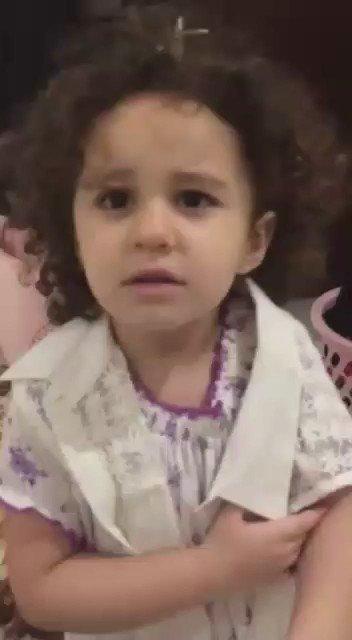 الأب بدو يسافر... والأم عّم تشكي همها لبنتها... اسمعوا شو قالت لها ❤️❤️❤️ (الأب اسمه أحمد) عسل .. عسل