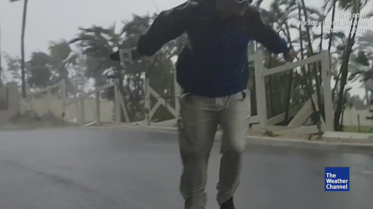 """But jesus!  RT @donavoncurtis: """"This is how strong the winds are in Paradise Island, Bahamas"""" -@weatherchannel https://t.co/KXVY8aAxgO"""
