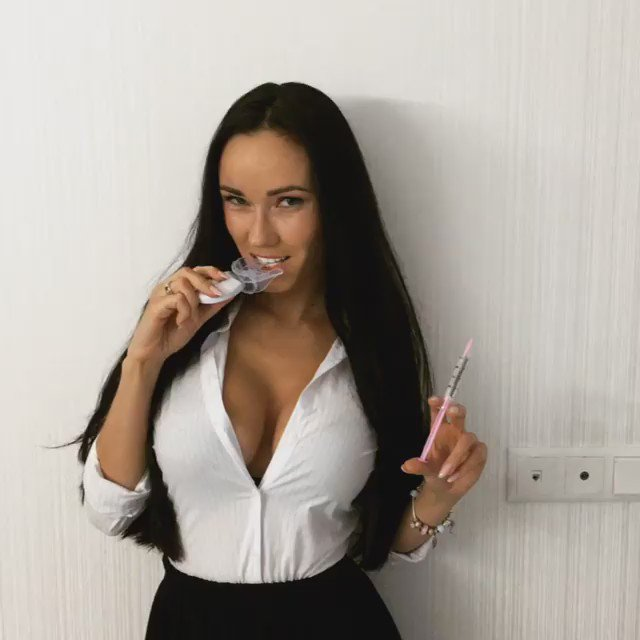 Nina Serebrova  - do you think twitter @NinaSerebrova