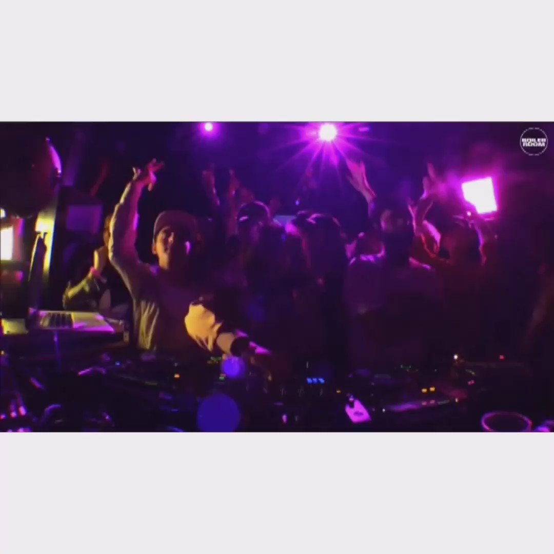 MY NEXT SINGLE W/ @loefah HAD @boilerroomtv ON A MAD ONE WHEN @DJmadamX DROPPED IT MADDDDDD SCENES https://t.co/tfqm2go7X8