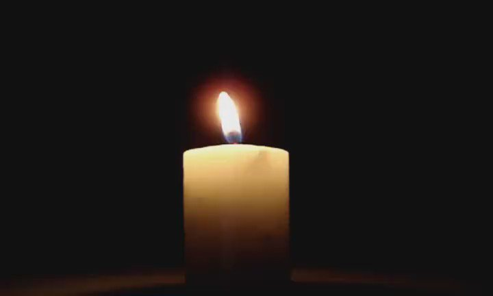 We are thinking of all the mums,dads and families who are remembering their babies tonight. #waveoflight #babyloss https://t.co/v6UYxLlabi