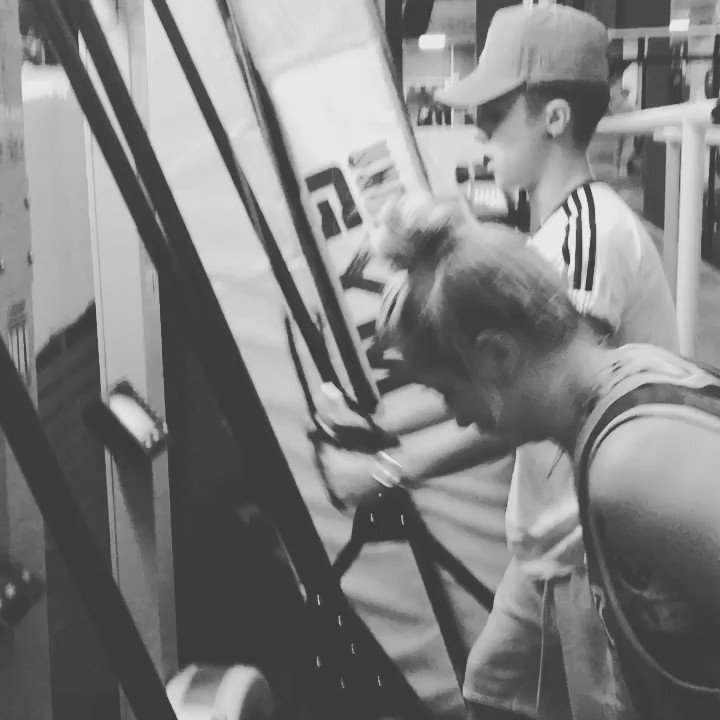 @JakeJMitchell & @imSaffronBarker going hard at it in the #Sgut session #HIIT #skiierg https://t.co/Sl76XCR2kk