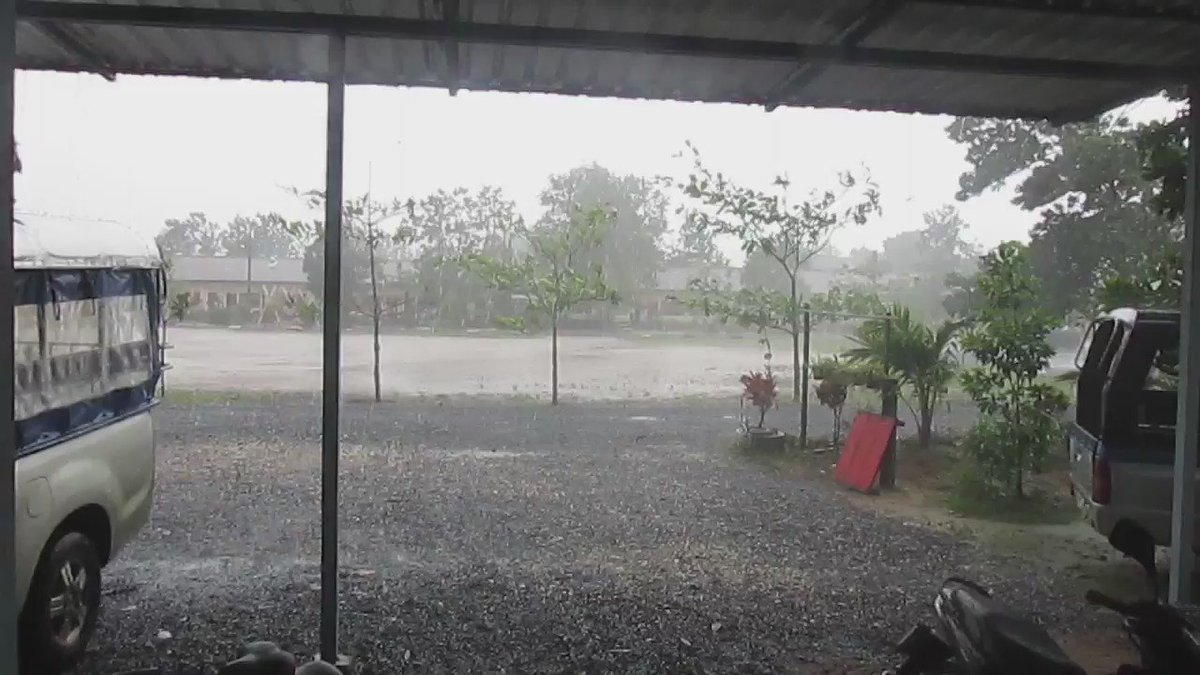 Heavy rain in #Thailand! A storm blazing over. We brought our students home early & safely. #rainseason