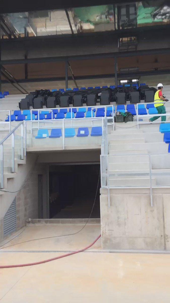 Recta final de las obras del nuevo estadio del @CF_Badalona ,muchas ganas de estrenarlo https://t.co/qc92lCoFYM